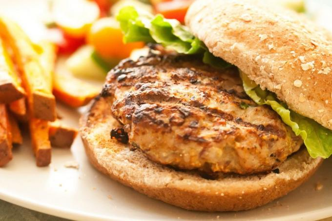 Recipe: burger with turkey and vegetables