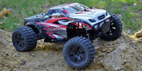 Overview ZD Racing Thunder - powerful monster truck with remote control