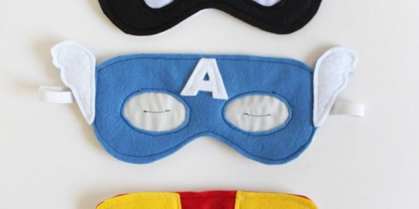 How to make gifts on February 23 with his own hands: superhero mask for sleep