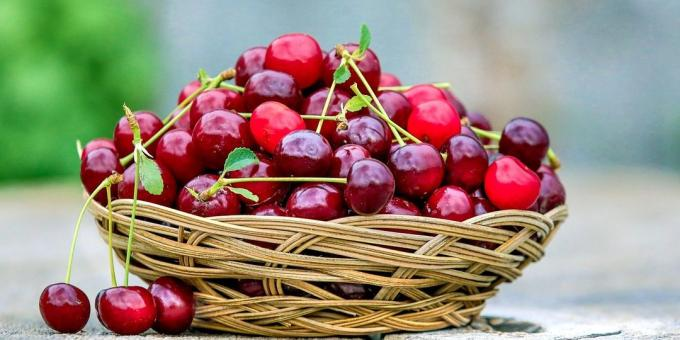 Useful fruit and berries: cherry