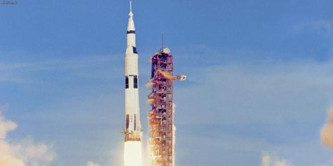 "Flying to the moon is still in doubt, many Americans could not run the ""Apollo"""