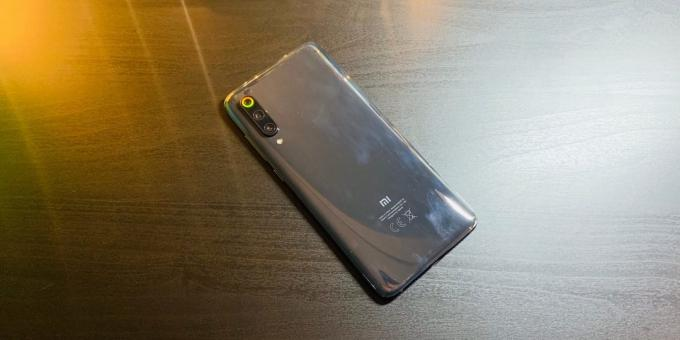 Overview Xiaomi Mi 9: Rear panel