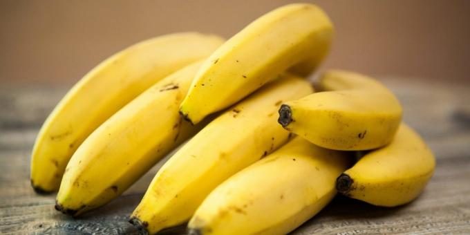 useful fruits and berries: bananas