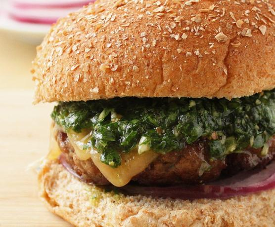 How to cook a burger with chimichurri sauce